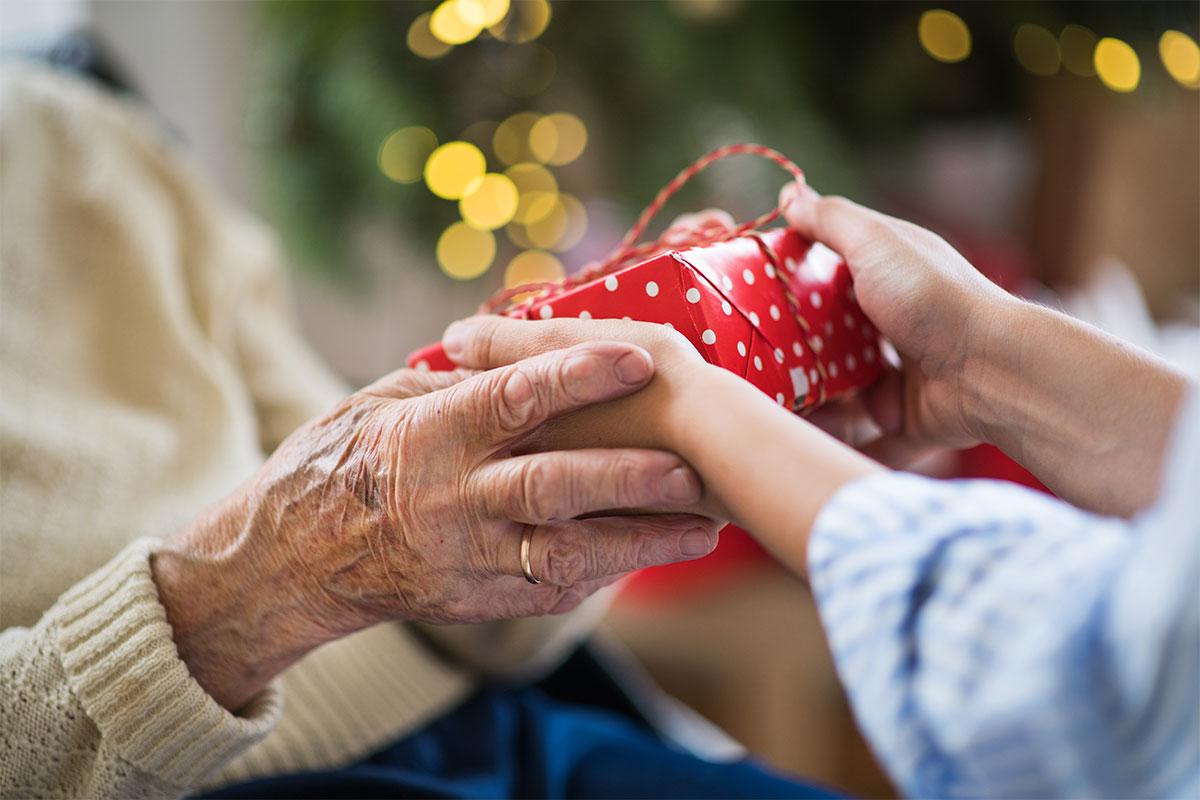 Präsente für Demenzpatienten: Mit Liebe geschenkt
